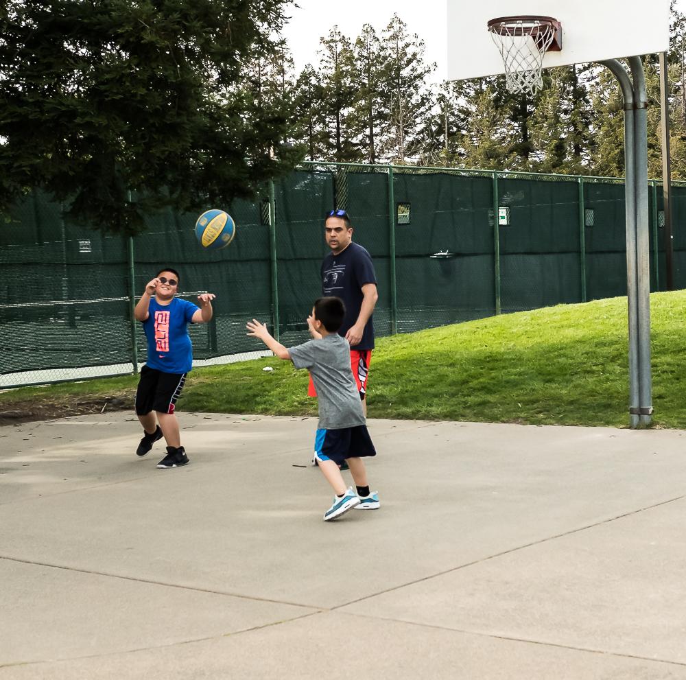 Sunday basketball game-4100