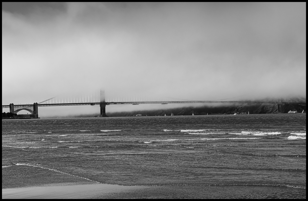 Monday Monochrome: Summertime Golden Gate Bridge