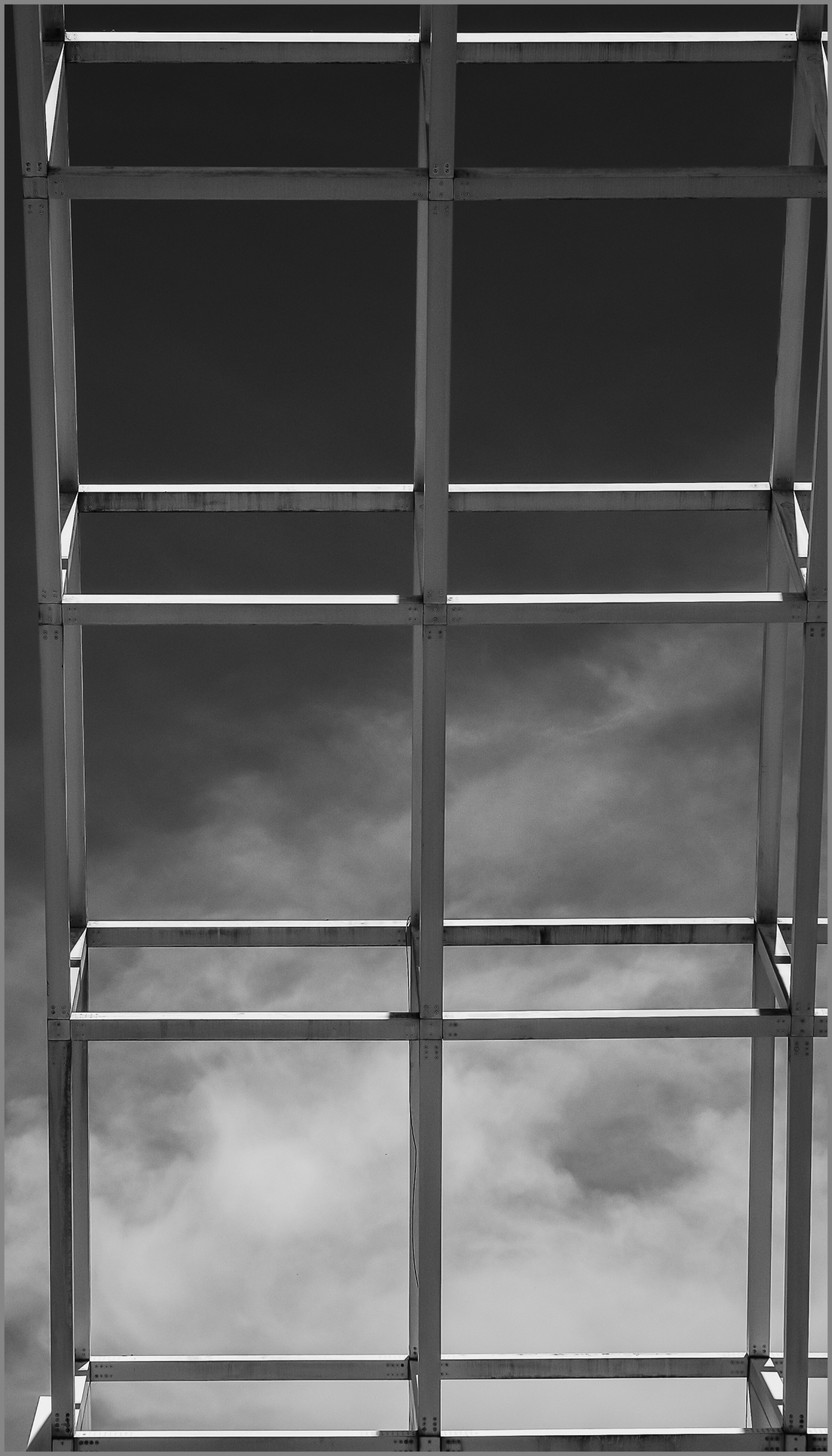 Monochrome Mondays: Passage toheaven